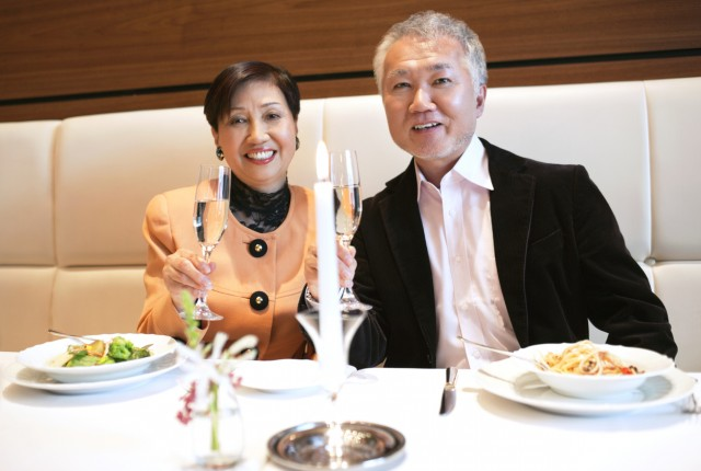 asian couple in a restaurant